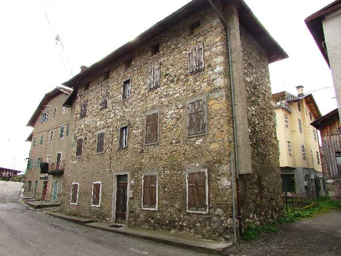 For sale Rural/farmhouse CALALZO DI CADORE  #103 n.0+1