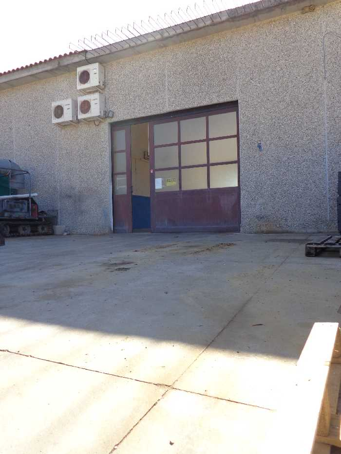 For sale Industrial/Warehouse Campo nell'Elba Marina di Campo #3879 n.1+1