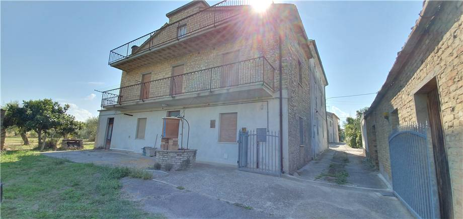 Detached house Lanciano #CV 44