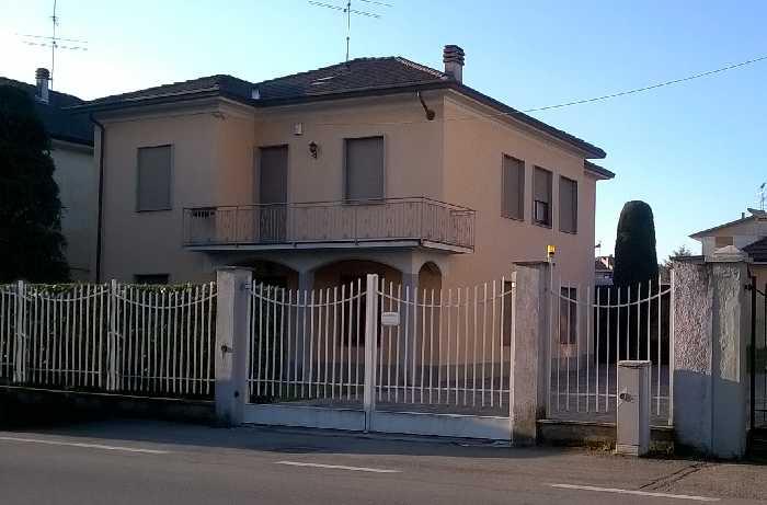 Villa/Casa singola Broni #Cbr551