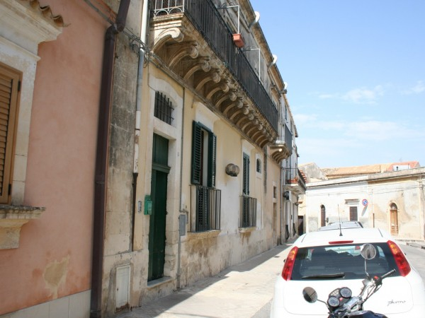 For sale Flat Noto  #63A n.2