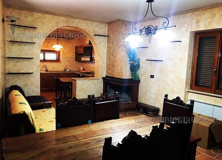 Venta Villa/Casa independiente Pontecorvo  #72 n.3
