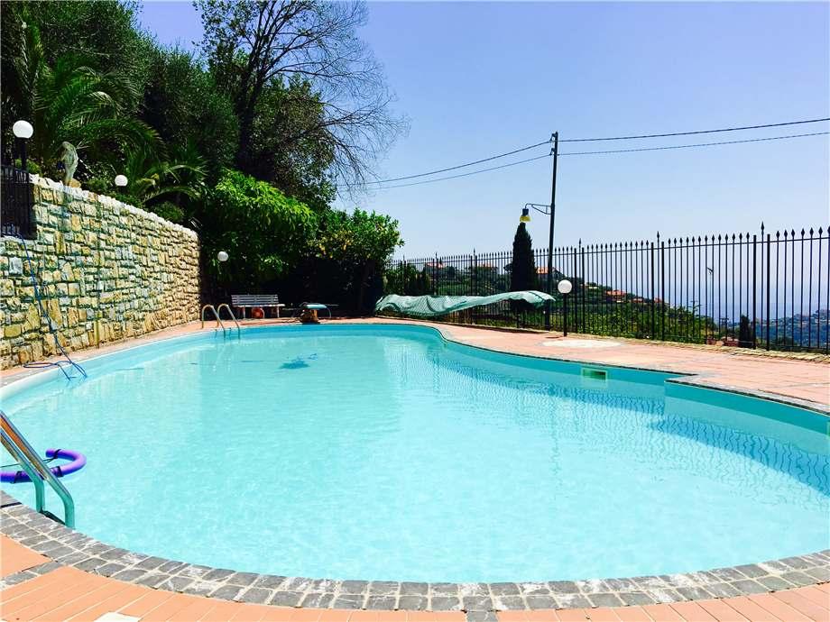 Villa/Casa independiente Sanremo #0162