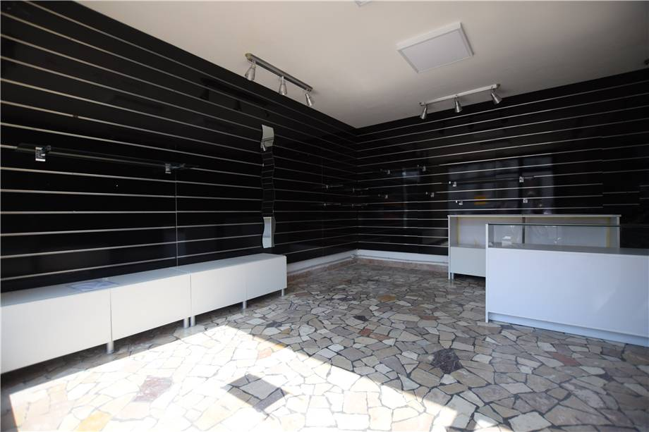 For sale Other commercials Belluno BELLUNO CENTRO STORICO #Piloni1 n.4