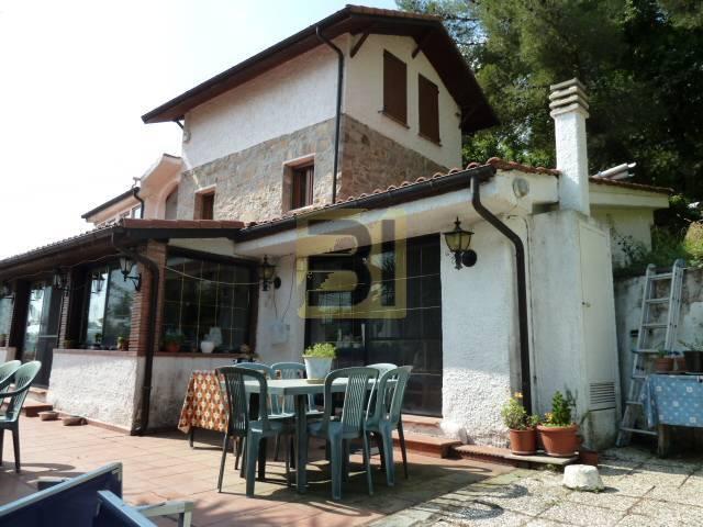 Detached house Sanremo #8009