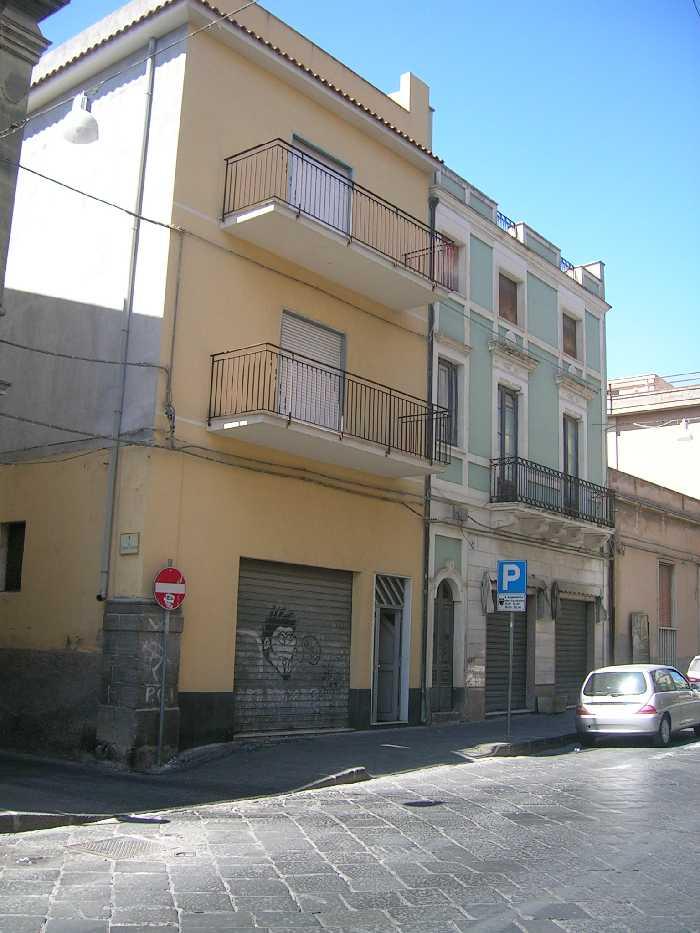 Stabile/Palazzo Biancavilla #1976