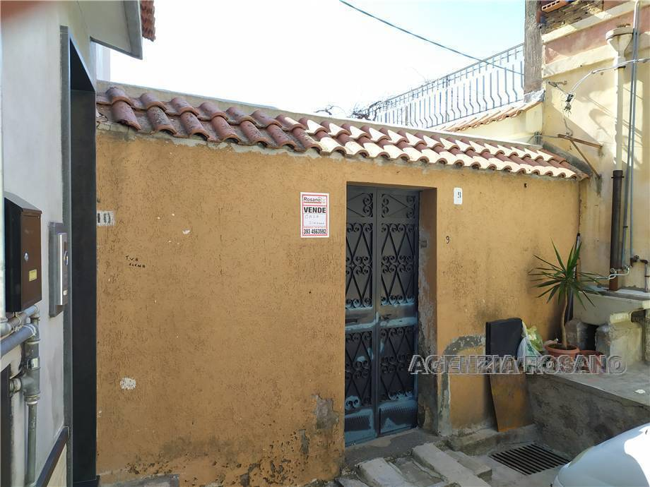 Detached house Biancavilla #2274