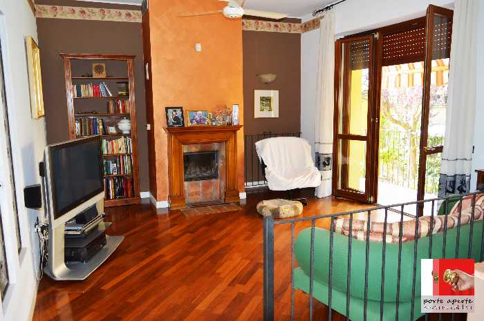 Detached house Castano Primo 34