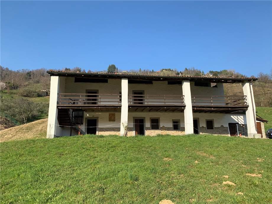 Rural/farmhouse Adrara San Martino #ASM29