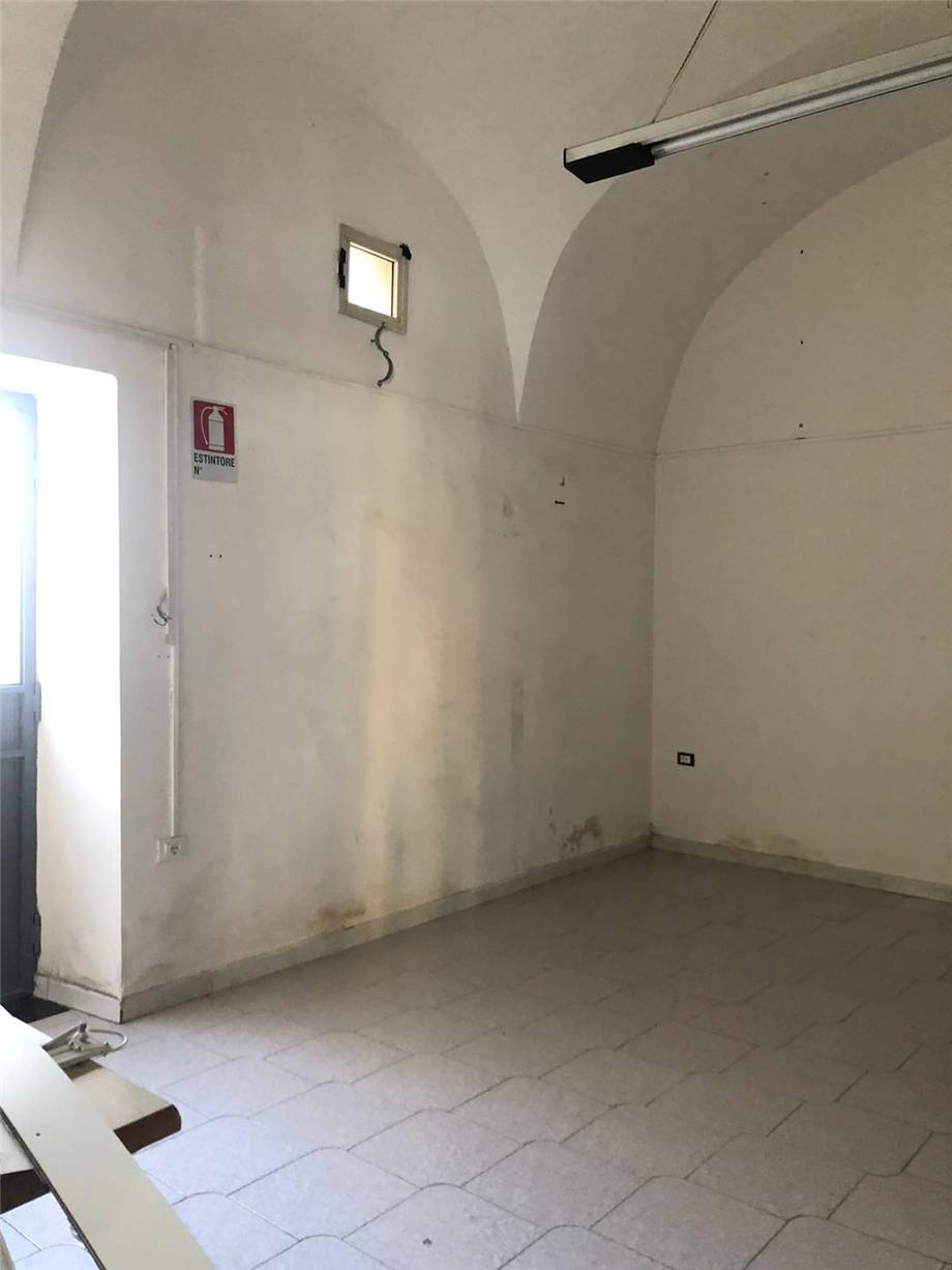 Affitto Commerciale Nocera Inferiore  #191 n.4