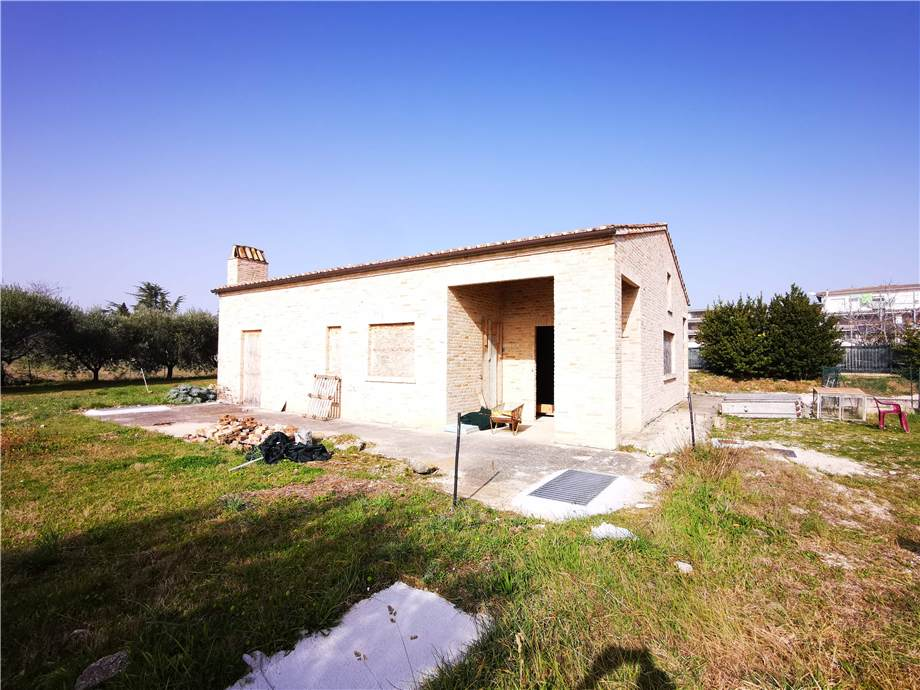 Venta Villa/Casa independiente Fermo Campiglione Molini Cappar #fm024 n.13