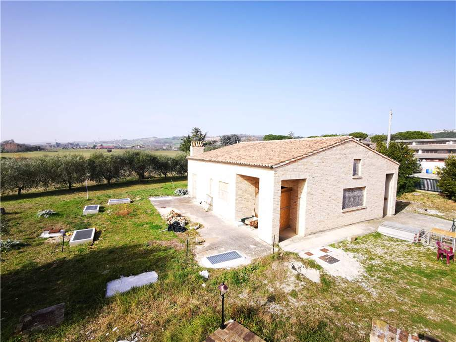 Venta Villa/Casa independiente Fermo Campiglione Molini Cappar #fm024 n.14