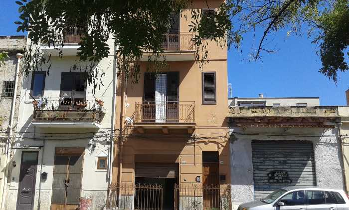 Detached house Palermo #A105