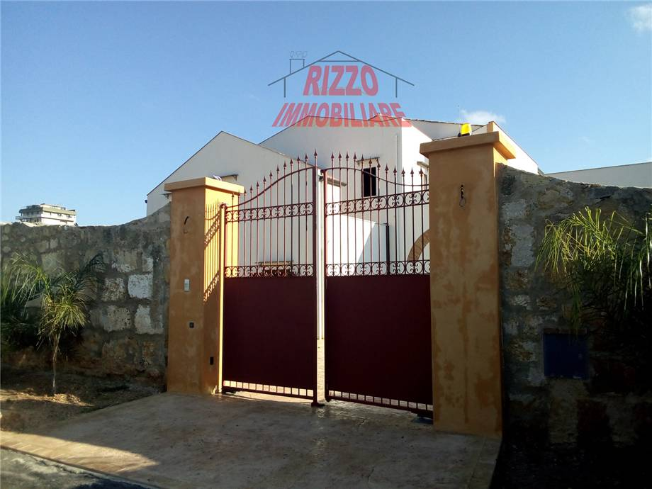 Detached house Bagheria #A179