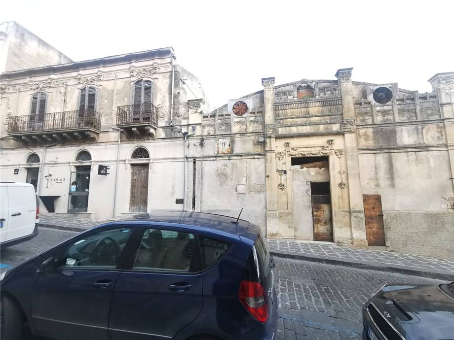 For sale Building Noto  #66CB n.5