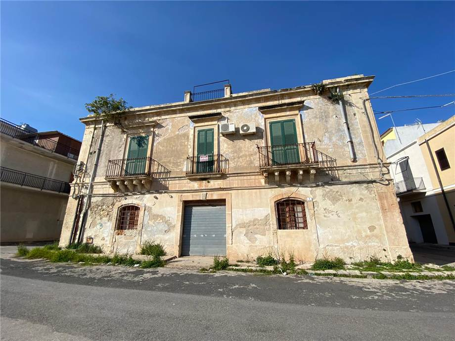 Vendita Stabile/Palazzo Avola  #16PA n.2