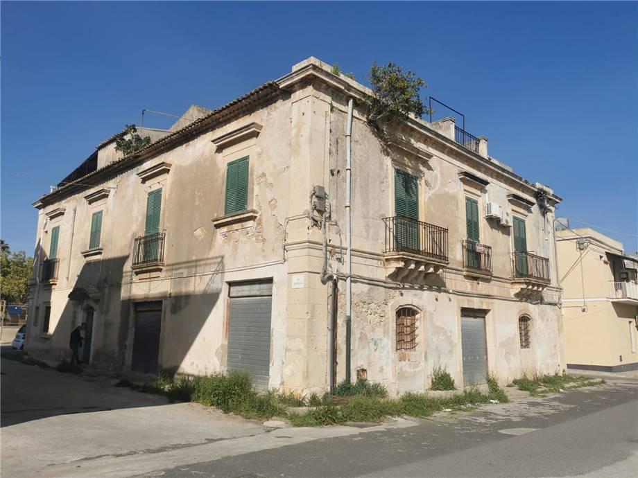 Vendita Stabile/Palazzo Avola  #16PA n.4
