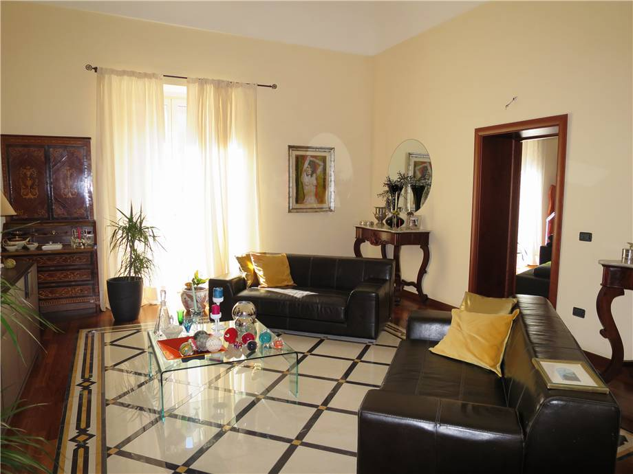 For sale Building Noto  #76C n.4