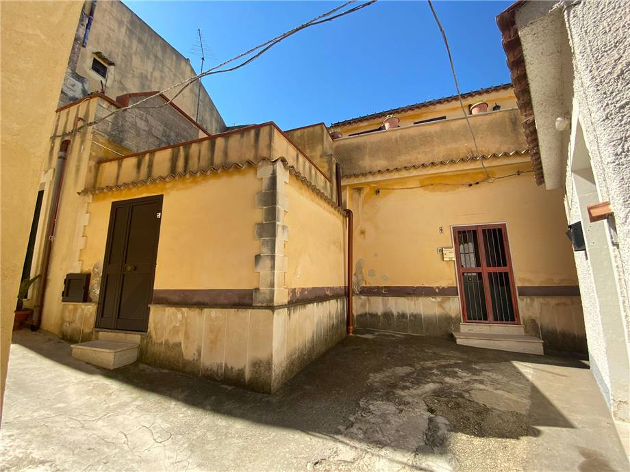 Verkauf Villa/Einzelhaus Noto  #64C n.2