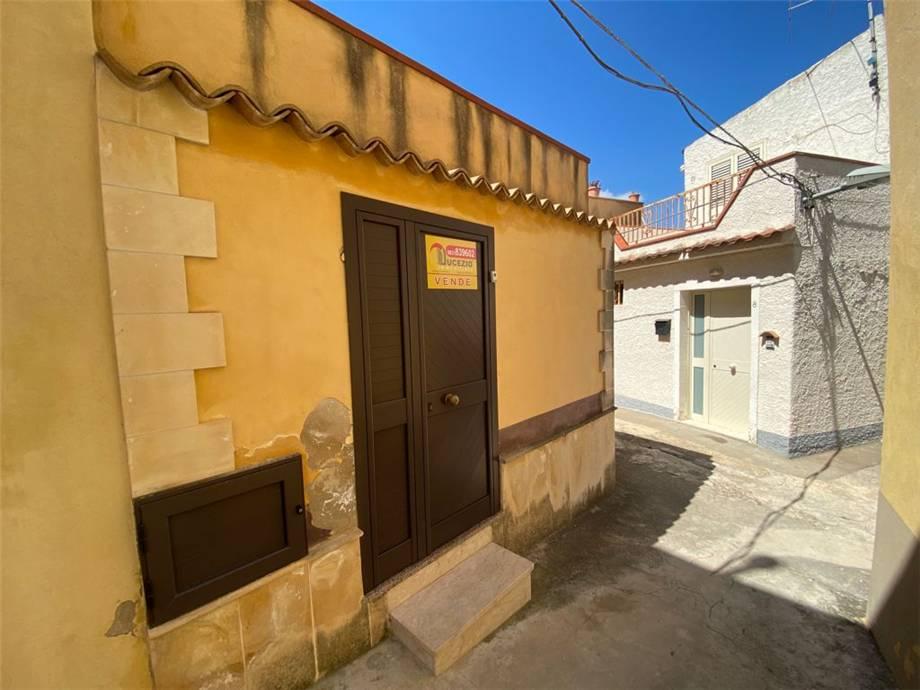 Verkauf Villa/Einzelhaus Noto  #64C n.3