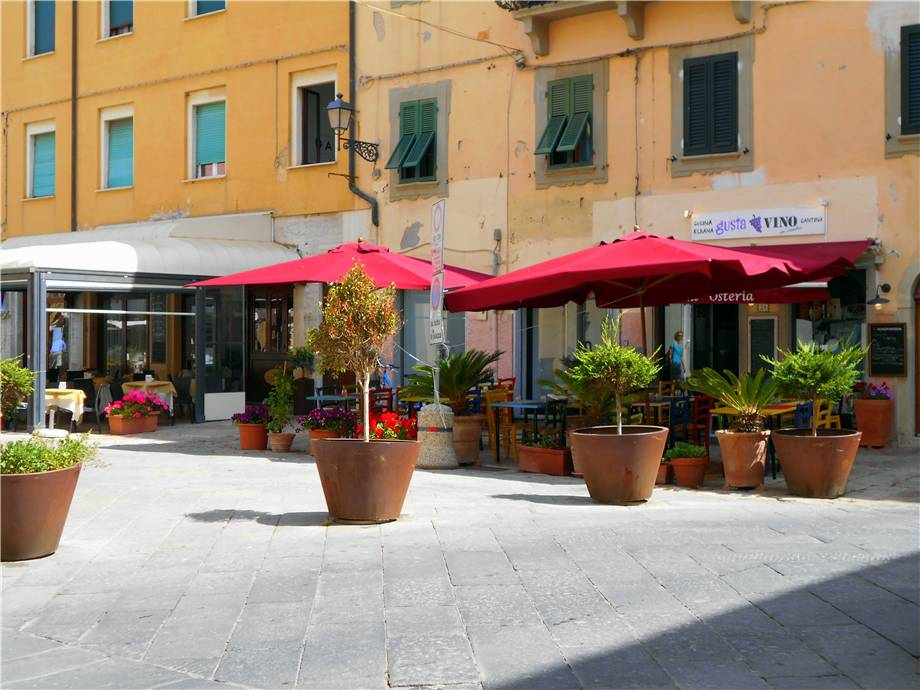 To rent Other commercials Portoferraio Piazza Cavour #LI1 n.1