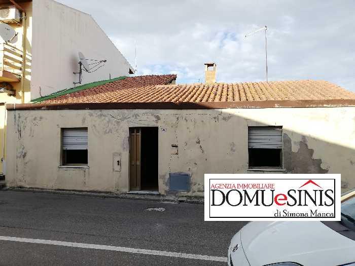 Casa bifamiliare Santa Giusta 14