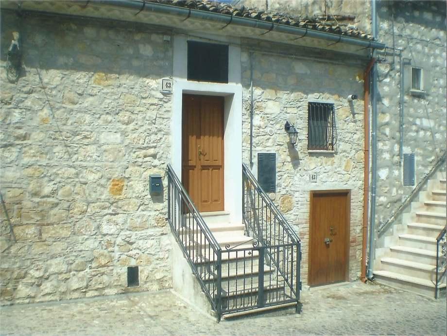 Detached house Bovino 30