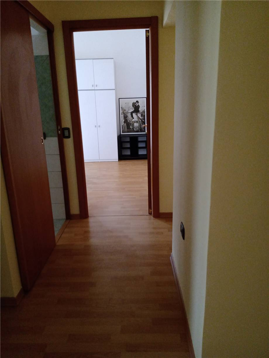 For sale Flat Latina NUOVE AUTOLINEE #7 n.3