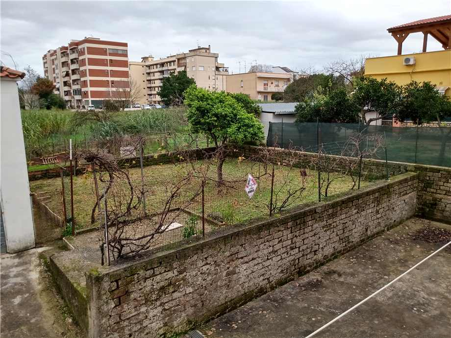 For sale Flat Latina NUOVE AUTOLINEE #7 n.5