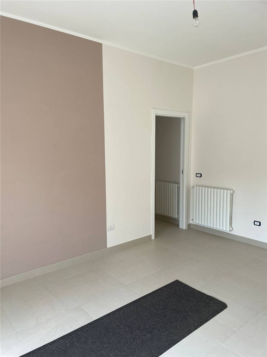 To rent Office Nocera Inferiore  #224 n.8