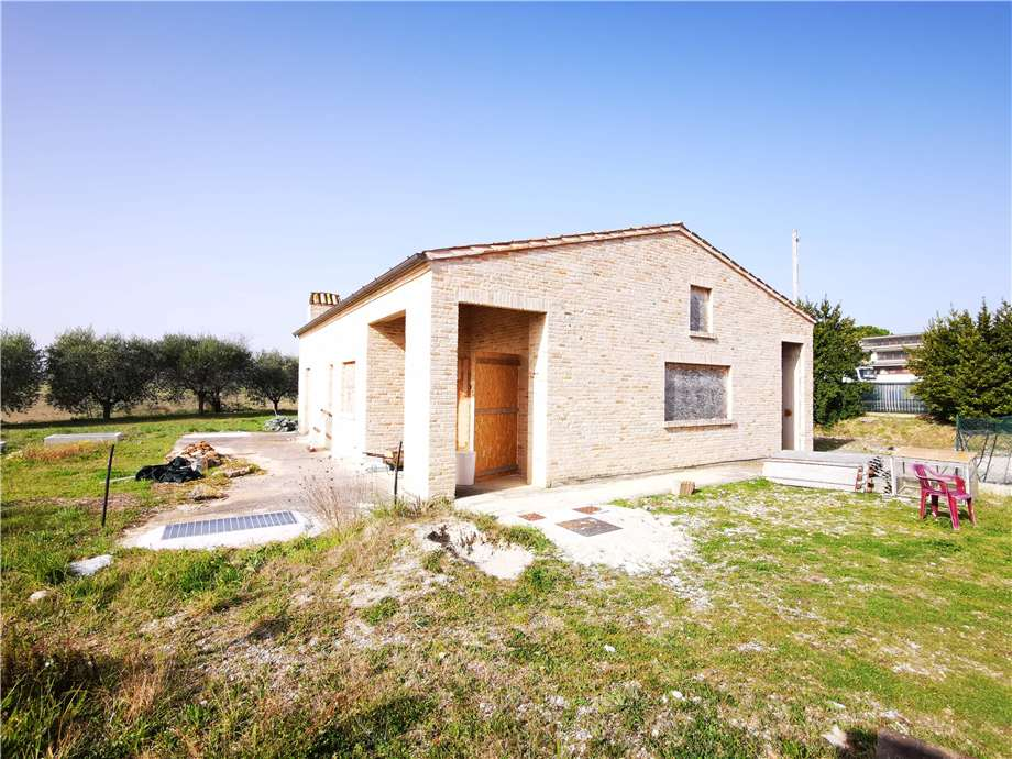 Venta Villa/Casa independiente Fermo Campiglione Molini Cappar #fm024 n.16