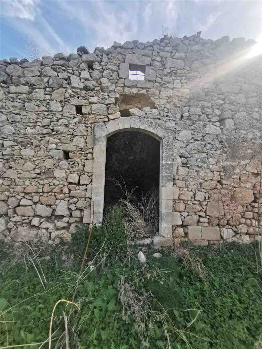 For sale Rural/farmhouse Noto  #53CR n.11
