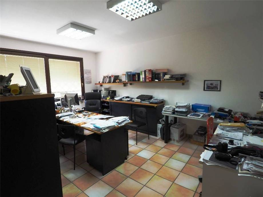 For sale Office Vertemate con Minoprio  #Uff.Vert160 n.7