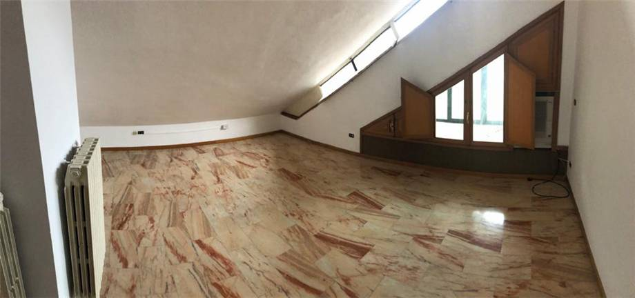 Venta Villa/Casa independiente Latina Piccarello #20 n.8